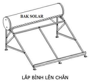 Lắp bình lên chân máy nước nóng năng lượng mặt trời